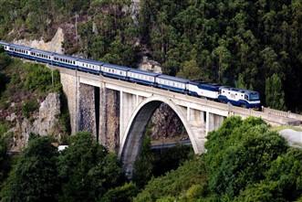 Viajes en Trenes Turísticos y de Lujo 2021: Viaje tren Transcantábrico Costa Verde Bilbao-Santiago 6 dias
