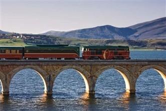 Viajes en Trenes Turísticos y de Lujo 2021: Viaje tren Expreso de La Robla Bilbao-León 3 dias