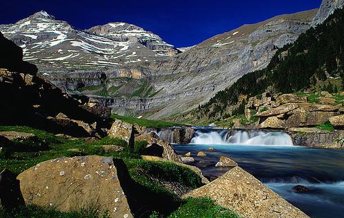 Viajes Pirineos 2021: ruta en grupo alta montaña 6 días