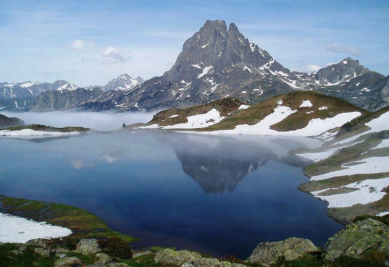 Viajes Pirineos 2021: ruta en grupo media montaña 8 días