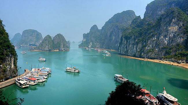 viajes vietnam ha long bay 1